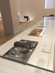 Rijksmuseum: bedrijfsfotoboeken in zaal 3.4 (1950-2000)